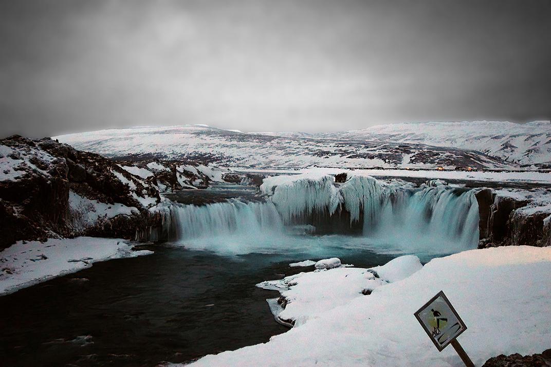 Gullfoss_falls_small